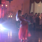 Pokaz tańca brzucha to świetny prezent z okazji urodzin lub ślubu