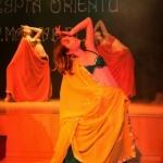 III Szczypta Orientu, taniec z woalem