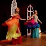 VI Szczypta Orientu, fan veils duet